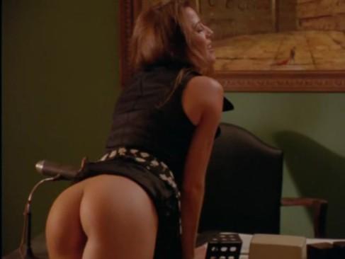 erotika-striptiz-popki-igri